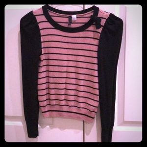 Sweaters - Pink and black sweater